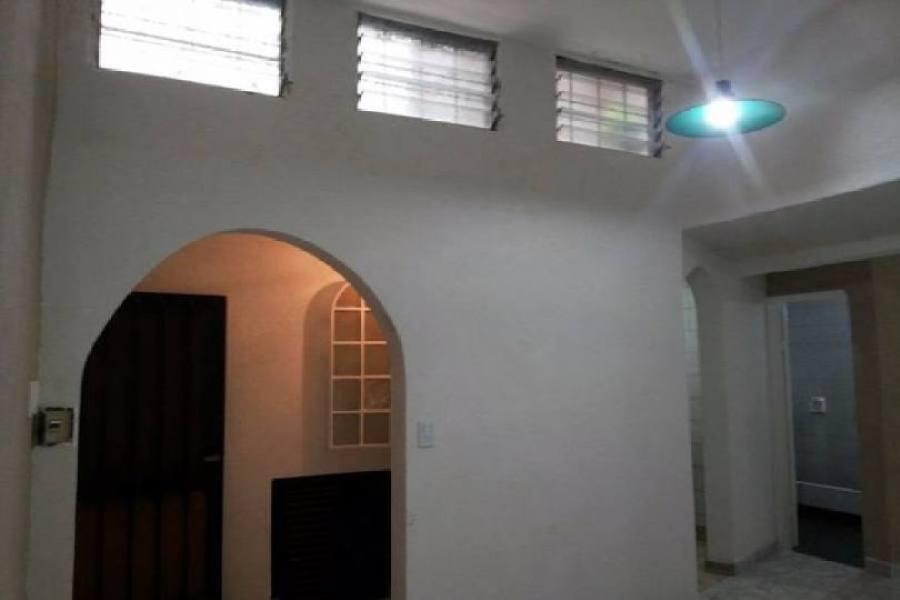 General San Martin,Buenos Aires,2 Habitaciones Habitaciones,1 BañoBaños,PH Tipo Casa,San Martín ,1173