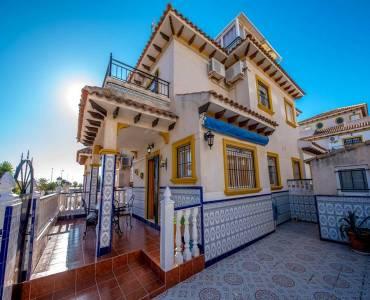 Orihuela Costa,Alicante,España,4 Bedrooms Bedrooms,2 BathroomsBathrooms,Adosada,22334