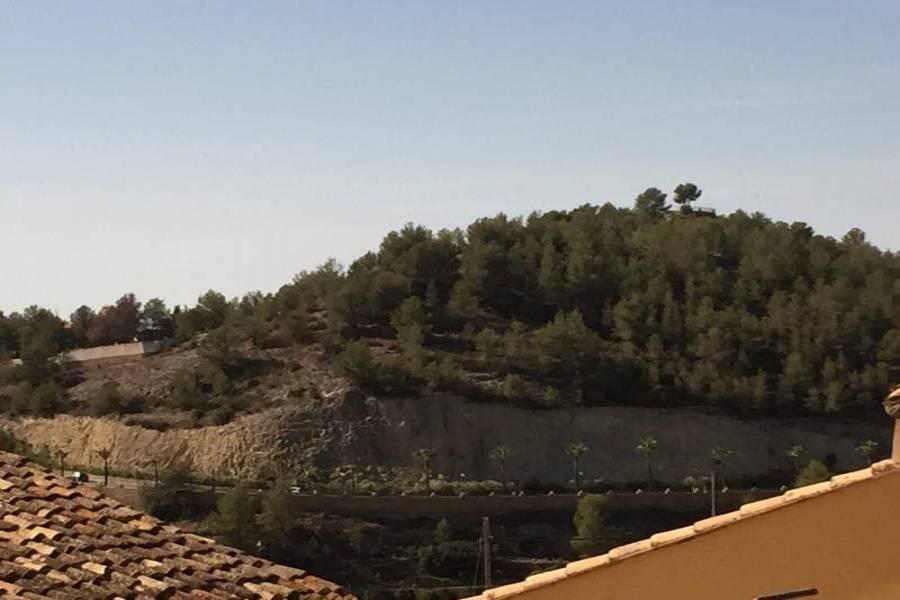 Polop,Alicante,España,6 Bedrooms Bedrooms,2 BathroomsBathrooms,Casas de pueblo,24719