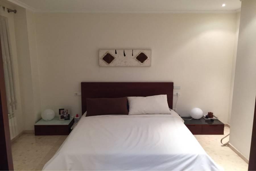 Elche,Alicante,España,3 Bedrooms Bedrooms,2 BathroomsBathrooms,Atico,24989