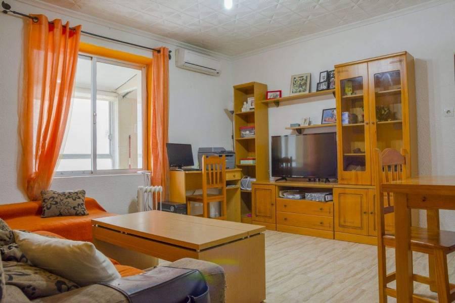 Alicante,Alicante,España,5 Bedrooms Bedrooms,1 BañoBathrooms,Apartamentos,26699