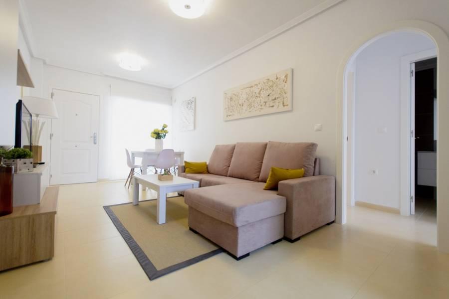 Elche,Alicante,España,2 Bedrooms Bedrooms,1 BañoBathrooms,Atico,28914