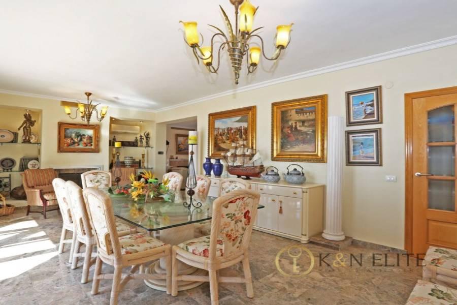 el Campello,Alicante,España,5 Bedrooms Bedrooms,5 BathroomsBathrooms,Chalets,31218