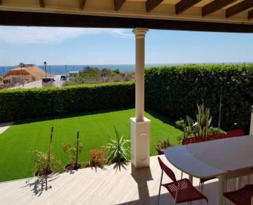 Torrevieja,Alicante,España,5 Bedrooms Bedrooms,3 BathroomsBathrooms,Chalets,34335