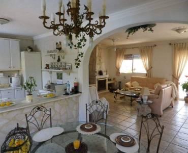La Nucia,Alicante,España,3 Bedrooms Bedrooms,2 BathroomsBathrooms,Chalets,39831