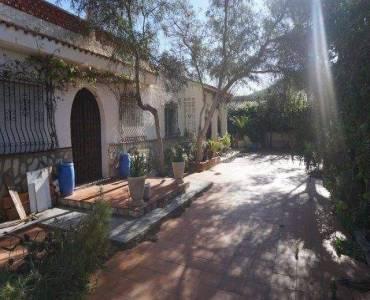 Alfaz del Pi,Alicante,España,4 Bedrooms Bedrooms,2 BathroomsBathrooms,Chalets,39834