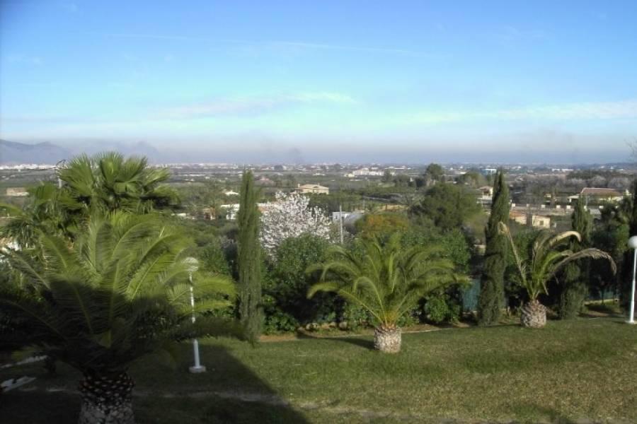 Pedreguer,Alicante,España,3 Bedrooms Bedrooms,3 BathroomsBathrooms,Casas,40404