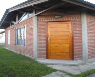 Las Toninas,Buenos Aires,Argentina,2 Bedrooms Bedrooms,1 BañoBathrooms,Casas,COSTA CHICA 7,40532