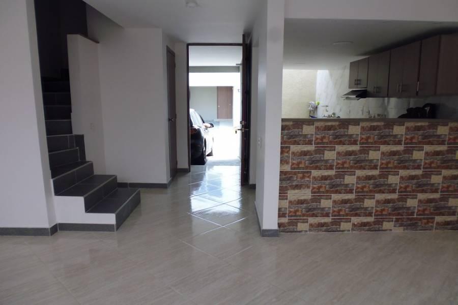 Cali,Valle del Cauca,Colombia,3 Bedrooms Bedrooms,3 BathroomsBathrooms,Casas,C.R. Azor,1,4515
