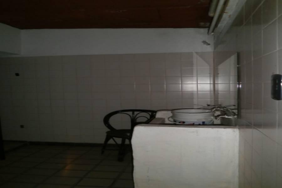 Santa Teresita, Buenos Aires, Argentina, ,2 BathroomsBathrooms,Locales,Venta,41,40754
