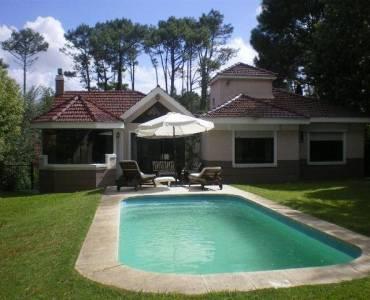 Punta del Este, Maldonado, Uruguay, 3 Bedrooms Bedrooms, ,3 BathroomsBathrooms,Casas,Alquiler-Arriendo,41361