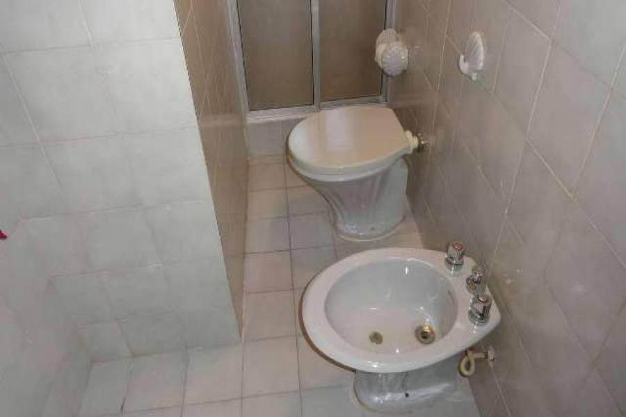 Punta del Este, Maldonado, Uruguay, 5 Bedrooms Bedrooms, ,3 BathroomsBathrooms,Casas,Temporario,41735