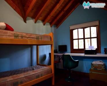 Ostende,Buenos Aires,Argentina,4 Bedrooms Bedrooms,4 BathroomsBathrooms,Casas,GARAY Y PINZÓN,4628