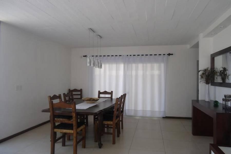 Punta del Este, Maldonado, Uruguay, 4 Bedrooms Bedrooms, ,Casas,Venta,41852