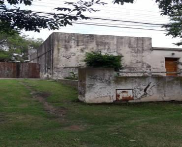 TRENQUE LAUQUEN, Buenos Aires, Argentina, 2 Habitaciones Habitaciones, ,1 BañoBathrooms,Casas,Venta,BELGRANO,42638