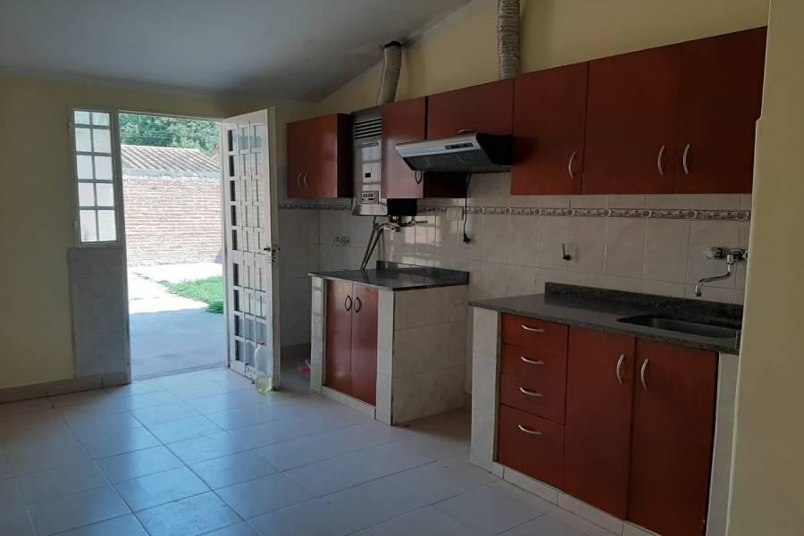 SALTA CAPITAL, Salta, Argentina, 3 Habitaciones Habitaciones, ,1 BañoBathrooms,Casas,Venta,42806