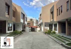 Cuenca, AZUAY, Ecuador, 6 Habitaciones Habitaciones, ,4 BathroomsBathrooms,Casas,Venta,Los Cerezos,3,42930