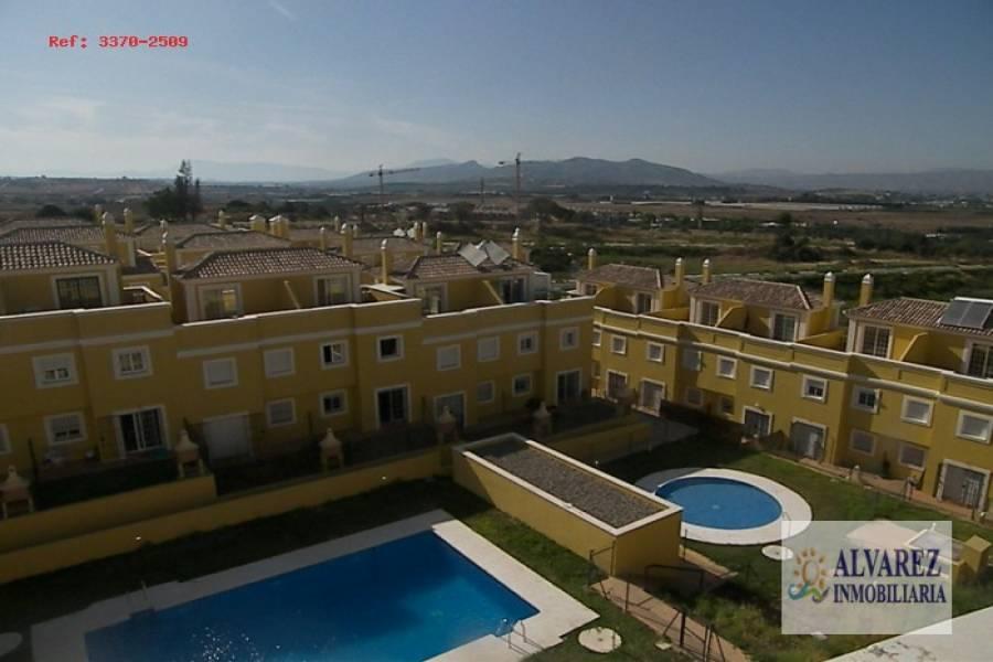 Alhaurín de la Torre,Málaga,España,4 Bedrooms Bedrooms,2 BathroomsBathrooms,Chalets,4841