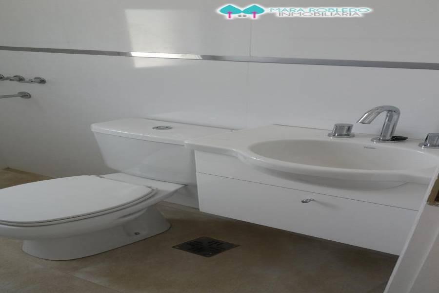 Costa Esmeralda,Buenos Aires,Argentina,4 Bedrooms Bedrooms,3 BathroomsBathrooms,Casas,GOLF 2 LOTE 518,5535