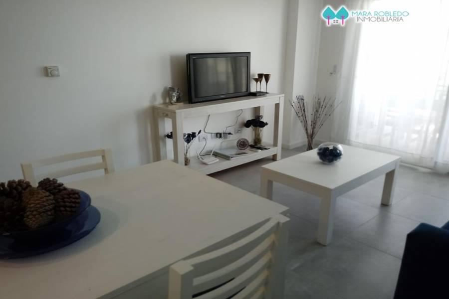 Pinamar,Buenos Aires,Argentina,4 Bedrooms Bedrooms,3 BathroomsBathrooms,Apartamentos,GOLF 2G,5693