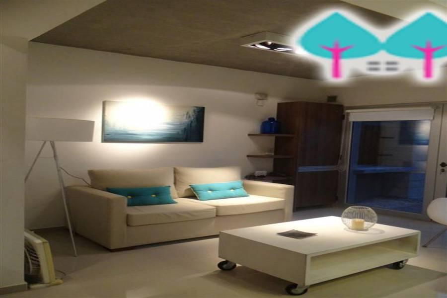 Pinamar,Buenos Aires,Argentina,2 Bedrooms Bedrooms,2 BathroomsBathrooms,Duplex-Triplex,EOLO Y DEL ODISEO,5886