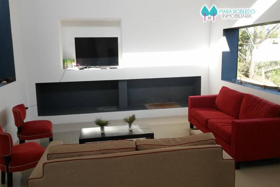 Costa Esmeralda,Buenos Aires,Argentina,3 Bedrooms Bedrooms,3 BathroomsBathrooms,Casas,ECUESTRE LOTE 112,5985