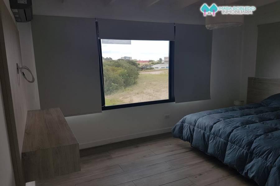 Costa Esmeralda,Buenos Aires,Argentina,4 Bedrooms Bedrooms,4 BathroomsBathrooms,Casas,GOLF 1 LOTE 135,5994