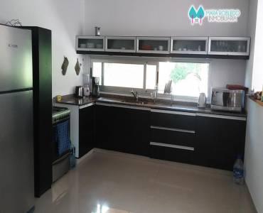 Costa Esmeralda,Buenos Aires,Argentina,5 Bedrooms Bedrooms,4 BathroomsBathrooms,Casas,GOLF 2 LOTE 308,6007