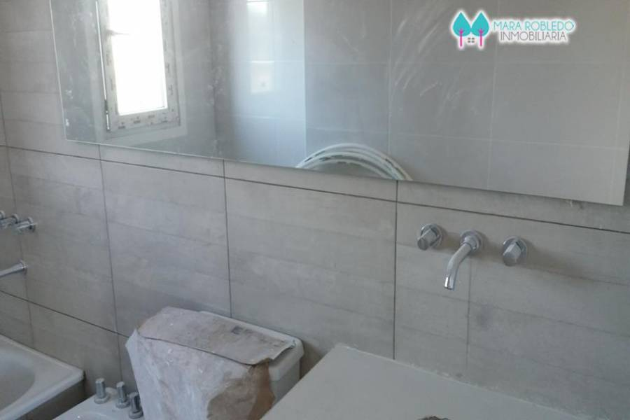 Costa Esmeralda,Buenos Aires,Argentina,4 Bedrooms Bedrooms,3 BathroomsBathrooms,Casas,GOLF 2 LOTE 660,6023