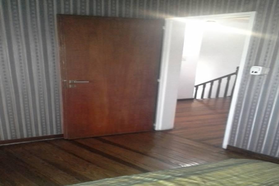 Flores,Capital Federal,Argentina,2 Bedrooms Bedrooms,1 BañoBathrooms,Casas,RIVERA INDARTE,6178