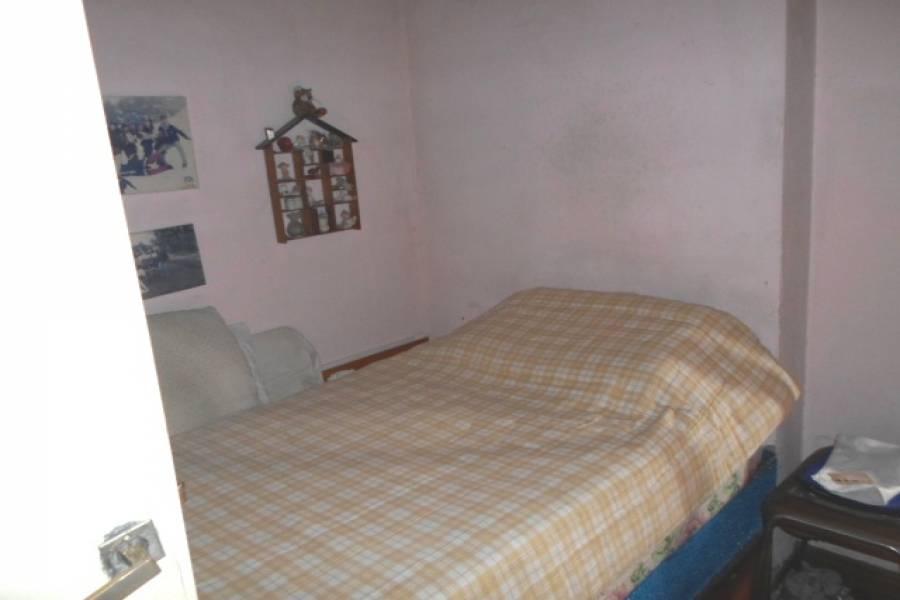 Flores,Capital Federal,Argentina,2 Bedrooms Bedrooms,1 BañoBathrooms,Casas,FERNANDEZ ,6225