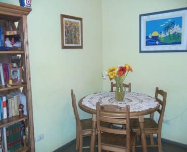Flores,Capital Federal,Argentina,3 Bedrooms Bedrooms,1 BañoBathrooms,PH Tipo Casa,PORTELA ,6377