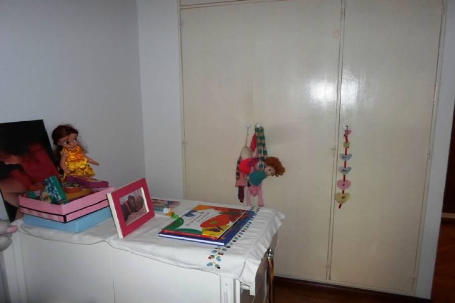 Flores,Capital Federal,Argentina,2 Bedrooms Bedrooms,1 BañoBathrooms,Apartamentos,LAUTARO,6627