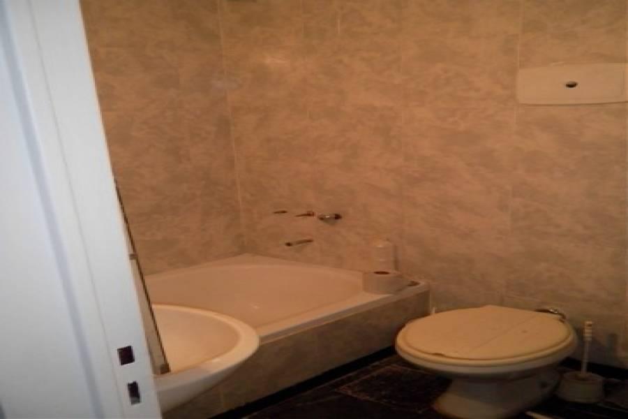 Capital Federal,Argentina,2 Bedrooms Bedrooms,1 BañoBathrooms,Apartamentos,ESMERALDA ,6646