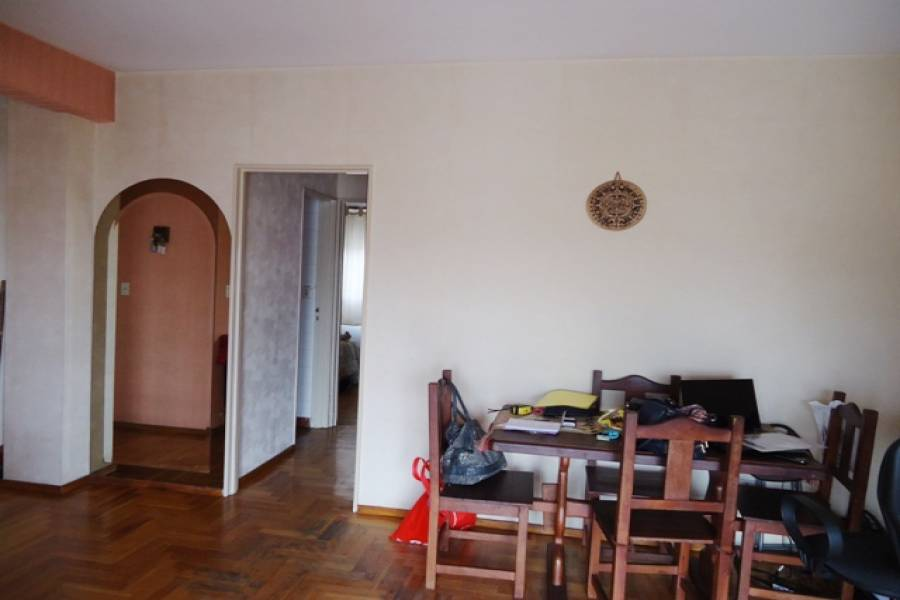 Villa Crespo,Capital Federal,Argentina,2 Bedrooms Bedrooms,1 BañoBathrooms,Apartamentos,BELAUSTEGUI,6974