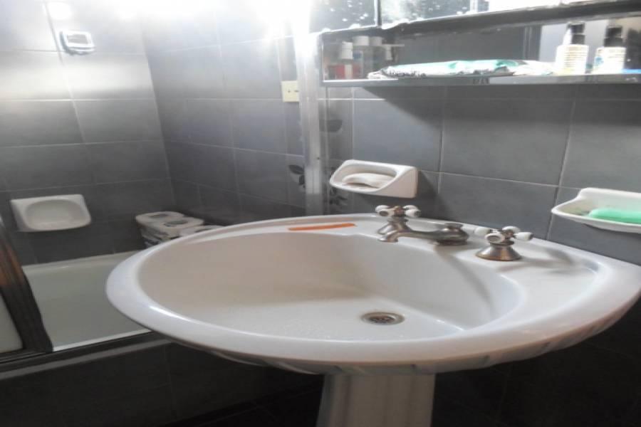 Flores,Capital Federal,Argentina,2 Bedrooms Bedrooms,1 BañoBathrooms,Apartamentos,RAMON FALCON,7162