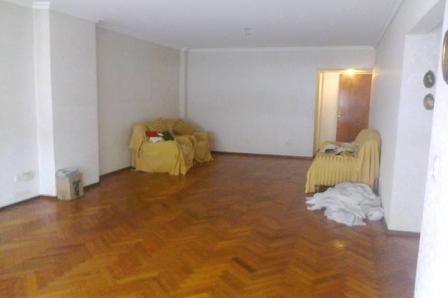 Las Flores,Buenos Aires,Argentina,3 Bedrooms Bedrooms,1 BañoBathrooms,Apartamentos,ALBERDI,7174