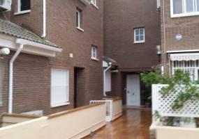 Alicante,Alicante,España,4 Bedrooms Bedrooms,2 BathroomsBathrooms,Cabañas-bungalows,7906