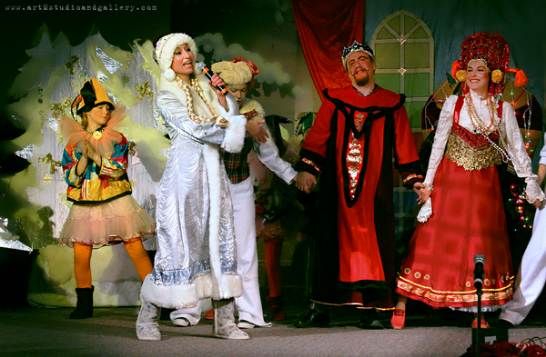 "2011 – December – New Year Show ""Novogodnyi Perepoloh"""