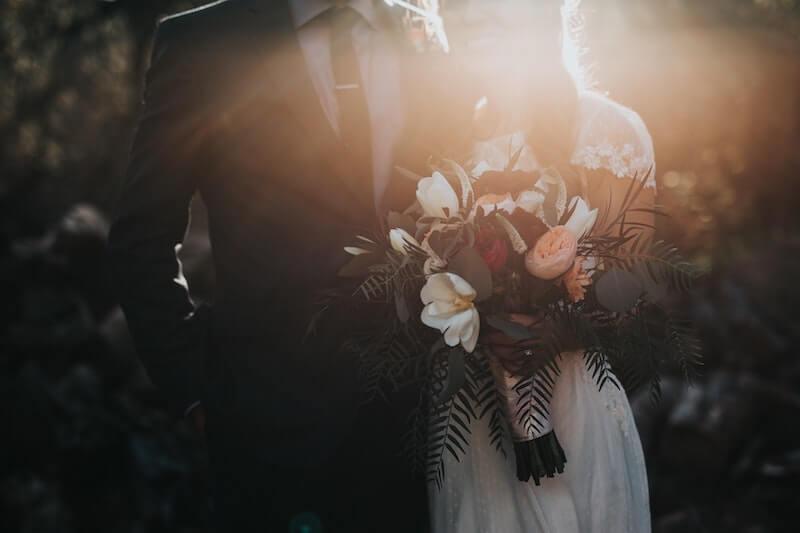 普通の結婚相談所とオンライン結婚相談所の違い