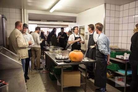 Interessante Gespräche in der Küche - Bildquelle Miriam Ritler