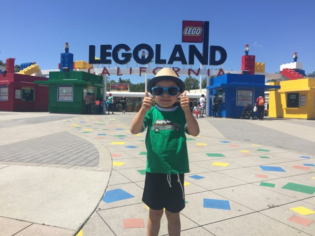 Kids Free San Diego Legoland Southern California entrance 2016-05-21