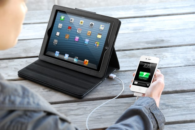 Justin Power Case Charges Your iPad and Another Device