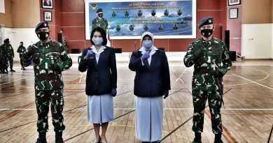 Serah terima jabatan Komandan Lanud Adi Soemarmo dari Kolonel Nav I Nyoman Suadnyana kepada Kolonel Pnb Agus Setiawan