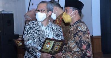 Wakil Ketua KPK RI, Alexander Marwata bersama bupati Boyolali M Said Hidayat