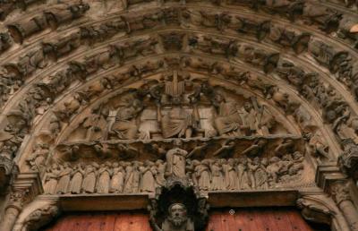 Portail central façade sud de la Cathédrale Notre-Dame de Chartres - Jugement dernier