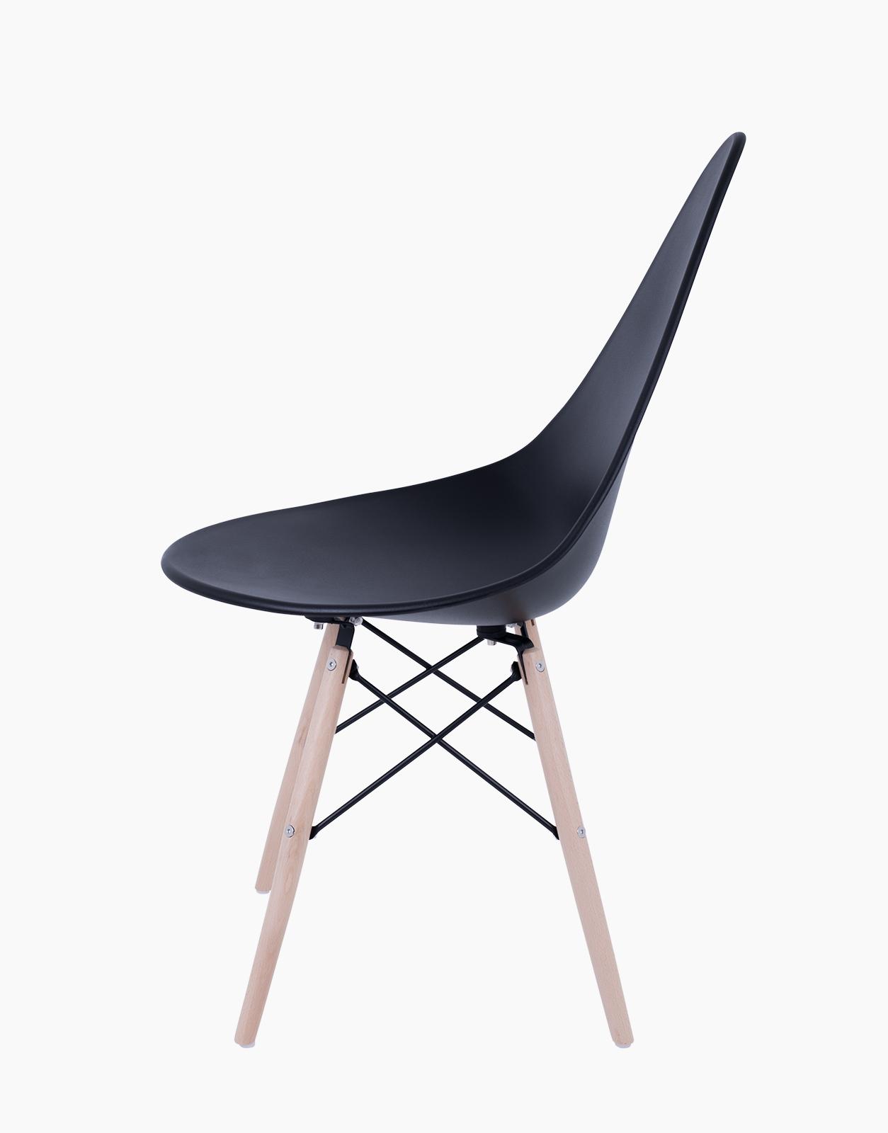 black gusto chairs set of 4 solution. Black Bedroom Furniture Sets. Home Design Ideas