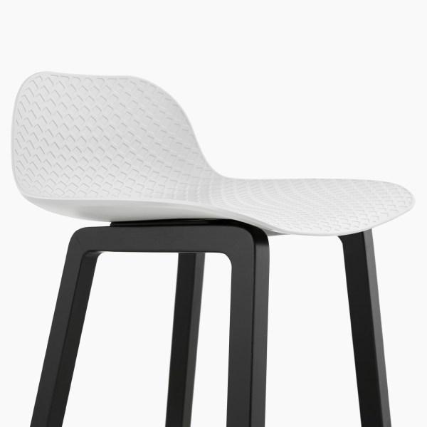 #decoration #decointerieur #design #bedesign #sodesign #follow #solutiondesign #solutiondesignfr #france #venteenligne #mobilier #fauteuil #deco #showroom #interieur #chaisedesign #designer #home #chaise #kokoon #kokoondesign #tabouret #tabouretdebar #bar #canapé #sofa