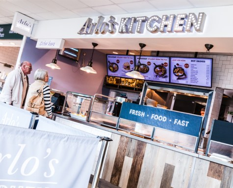 Arlo's Kitchen Signage   Moto Cherwell Valley
