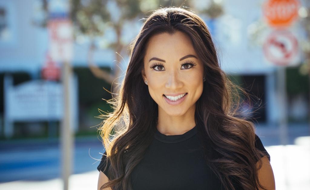 Susie Kim Headshot